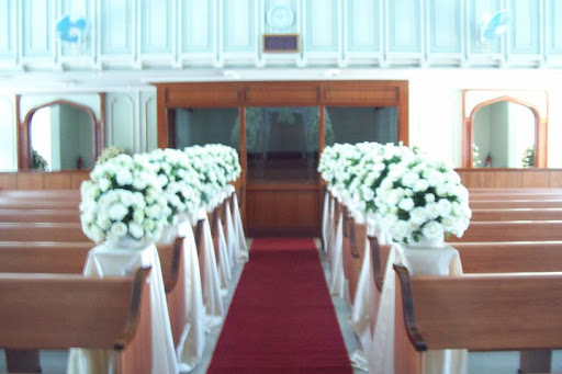Wedding flowers certified bride chilla don bosco i am saying this because the interior such as high ceilings walls choir loft of inc is really stunning and looks a bit different as junglespirit Images