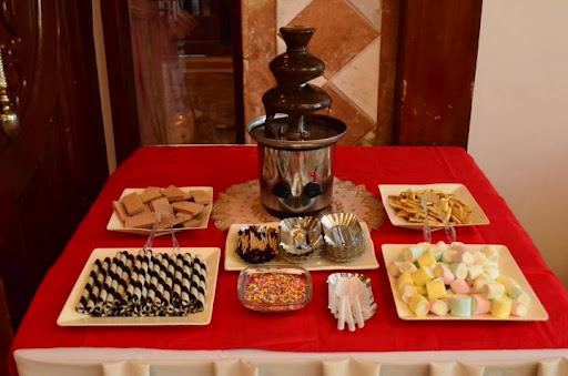 Mark and I was supposed to have our DIY candy buffet at the reception but since Great Eastern Hotel is so fond of the corkage fees we had to let it go ... & affordable chocolate fountain | Certified bride-chilla